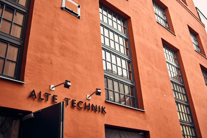Bilder vom Feschmarkt im Herbst 2019 in Wien in der Ottakringer Brauerei alte technik