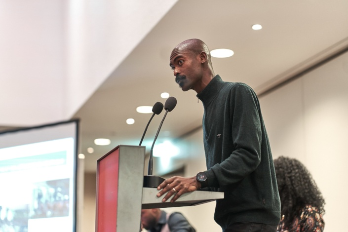 Speaker bei der Veranstaltung who speaks for whom im albert schweitzer haus in wien