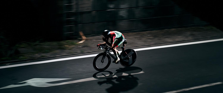 Rennradfahrer beim Race Around Austria vom Team Alpha St. Roman bei Mauthausen